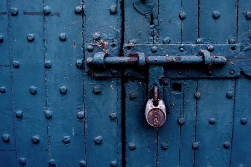 20061212232411_51_behind_locked_doors