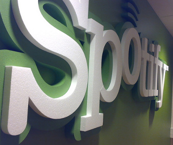 spotify-logo-by-sorosh