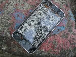 cracked-iphone-2