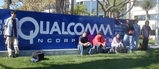 Fall 05 Interns in front of Qualcomm