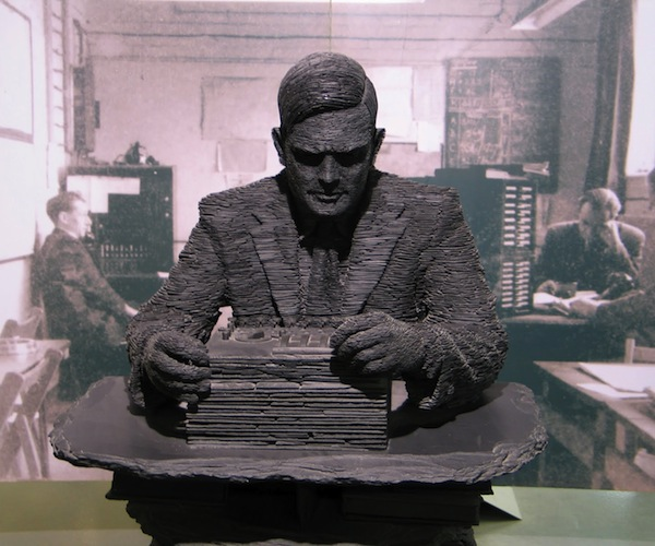 Alan Turing – Slate Statue