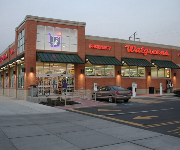 Walgreens_23rd__Broadway_Jan_2004_004