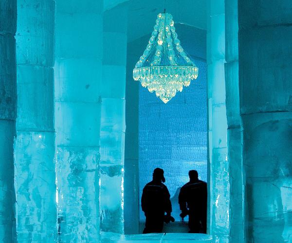sweden-icehotel-chandelier.jpg_2092326501