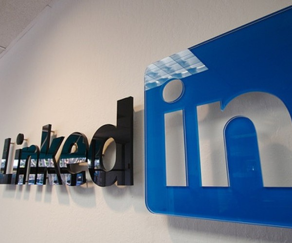 linkedin logo e1292331765244 LinkedIn reveals most overused buzzwords in user profiles