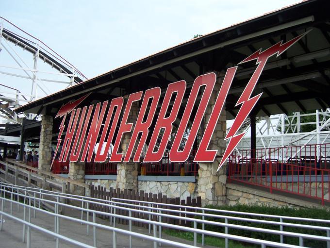 thunderbolt2_720
