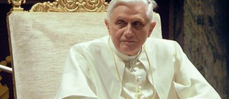 419px-Pope_Benedictus_XVI_january,20_2006_(2)_mod