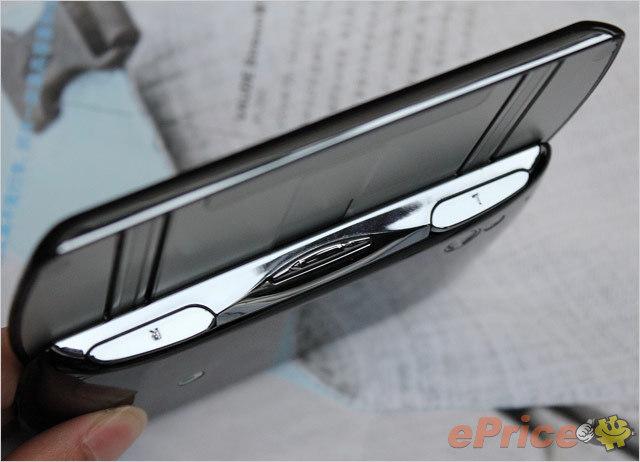 SE PS 手機 XPERIA Play 搶先測試:外型、設計詳細介紹-25