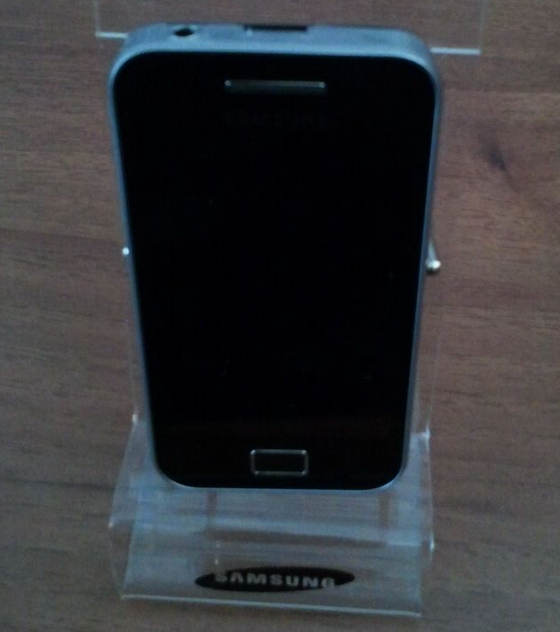 Samsung-GT-S5830-Galaxy-S-Mini-Android-22-Froyo-4