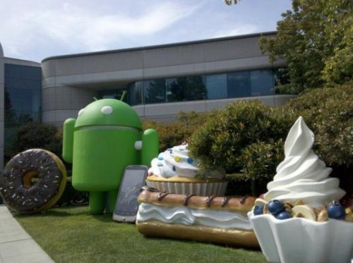 android desert statues 500x373 Google Drops Android 3.0 SDK Preview, Teases Screenshots