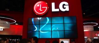 lg-booth-tour-ces-las-vegas-2009-1