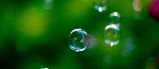 greenbubbles-1600×1200