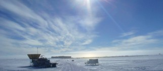 20100117020109!South_pole_mapo_clouds