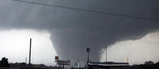 tuscaloosa-tornado-2011-5-2-19-10-9
