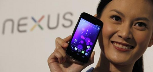 A model poses with Galaxy Nexus in Hong Kong