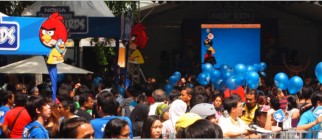 Nokia-Angry-Birds-crowd