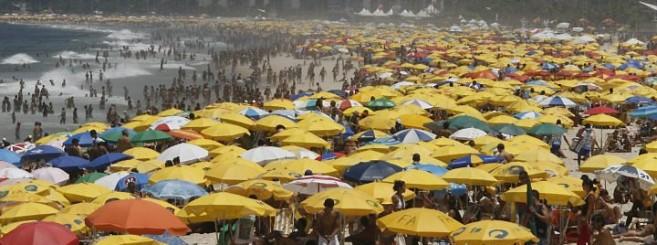 praia-lotada