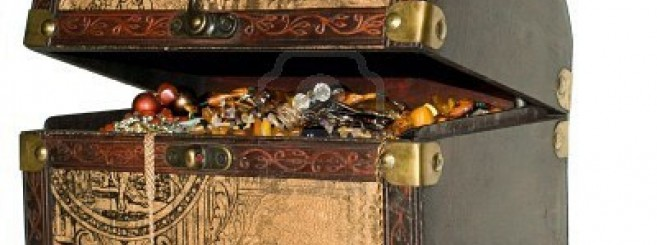 4646953-a-wooden-treasure-chest-filled-with-loot