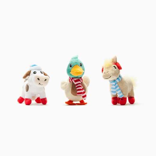 FarmVillePlush1 520x520 Facebook Giveaway: FarmVille Collectible Toys from Zynga