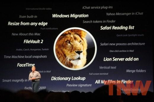 5807337293 da3a5cb6fa z 520x346 2011 Tech Rewind: This year in Apple