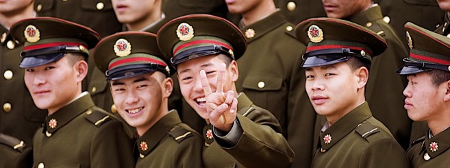 chinese-army-smile-