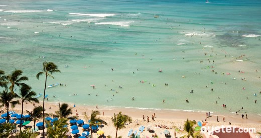 oahu waikiki beach v18335 w902 520x276 The Best Places in the World to be on New Years Eve