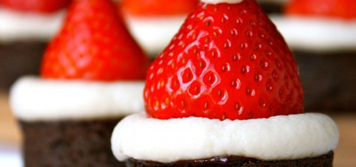 santa-claus-hat-brownies