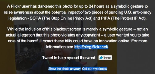 Screen Shot 2012 01 18 at 10.18.02 520x249 Flickrs SOPA protest lets users black out their own photos, and other peoples