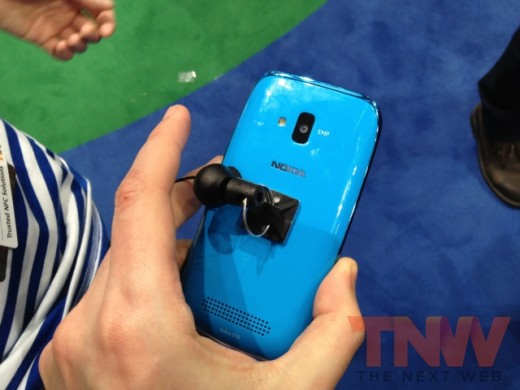 IMG 1785wtmk 520x390 Hands on with Nokias Lumia 610, its cheapest Windows Phone yet [Photos]