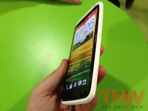 IMG 1878wtmk 520x390 Hands on with HTCs new One series smartphone lineup [Photos]
