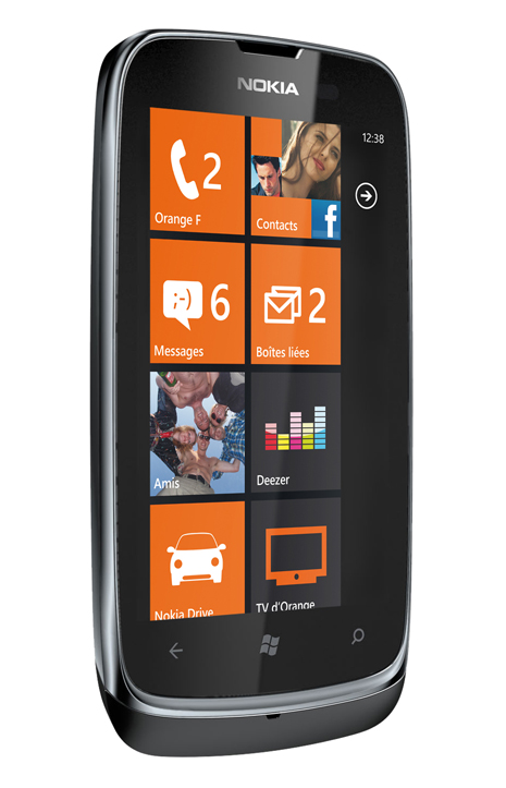 Nokia Lumia 610 NFC becomes official with Orange, will launch with Visa and Mastercard NFC support in Q3
