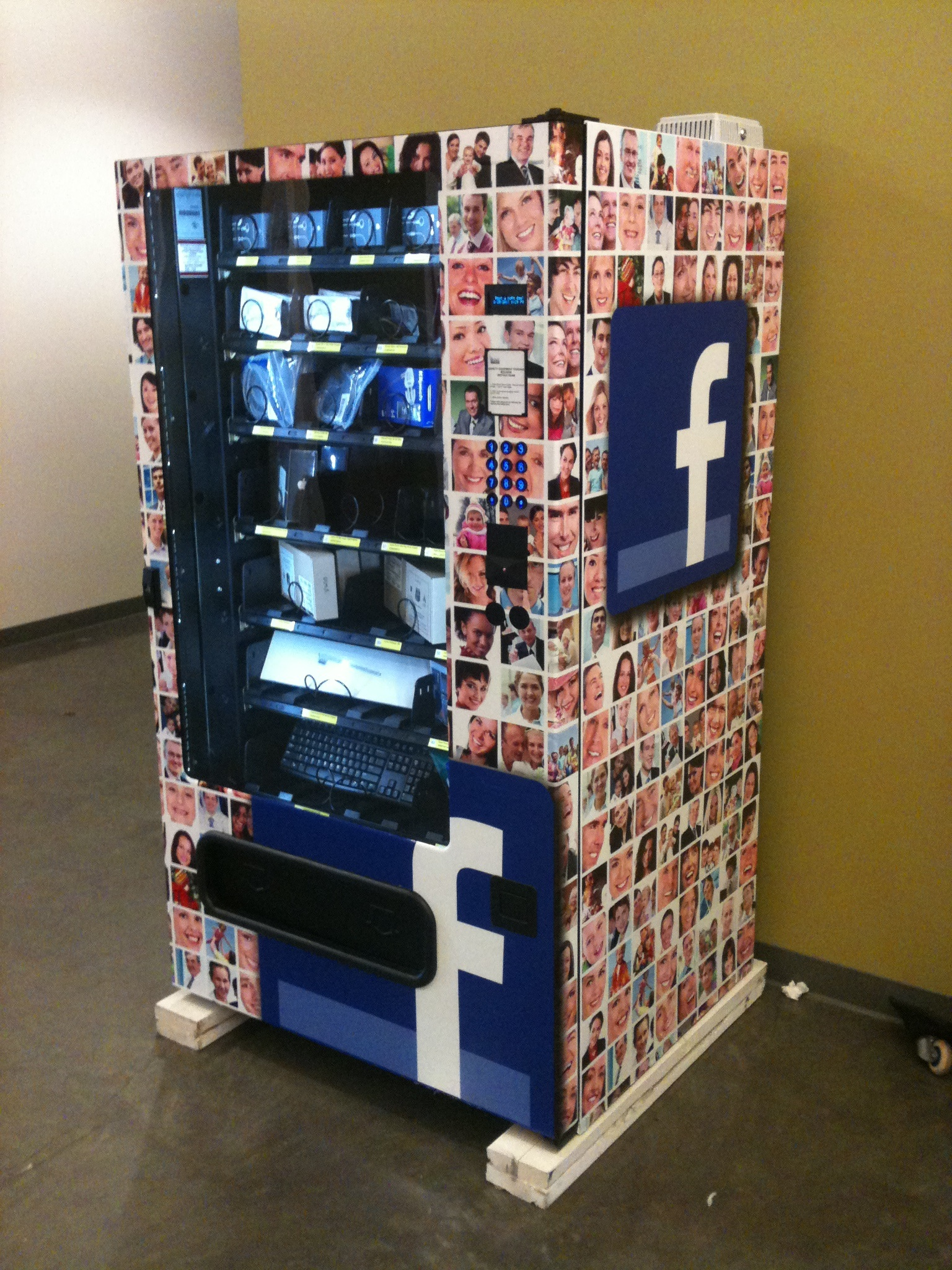 google copies facebook installs gadget vending machines. Black Bedroom Furniture Sets. Home Design Ideas