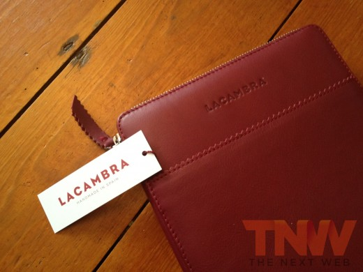 IMG 2577wtmk 520x390 Review: Lacambras stylish, elegant leather case positions your iPad any way you want it