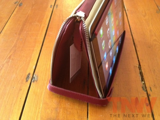 IMG 2590wtmk 520x390 Review: Lacambras stylish, elegant leather case positions your iPad any way you want it