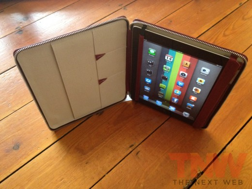 IMG 2591wtmk 520x390 Review: Lacambras stylish, elegant leather case positions your iPad any way you want it