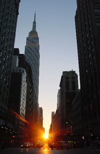 ManhattanSunset Small Hey New York, tomorrow is Manhattanhenge   Are you ready?