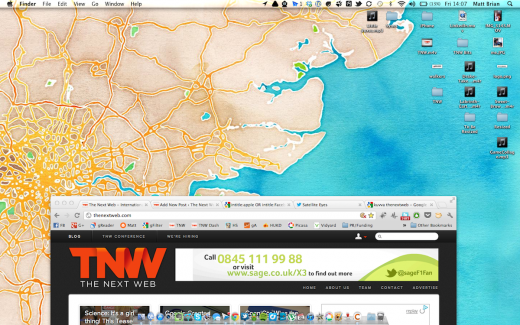 Screen Shot 2012 06 22 at 14.07.05 520x325 Satellite Eyes automatically changes your Macs wallpaper to a satellite view of where you are now