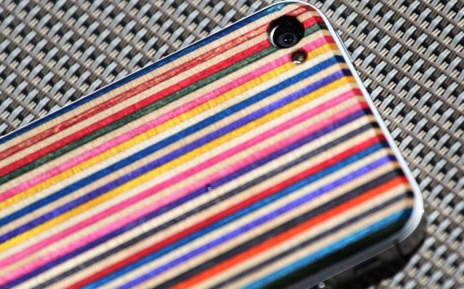 Screen Shot 2012 06 30 at 2.25.20 PM 520x324 The SkateBack: Sheathing your iPhone in recycled skateboards is cool, but is it practical?