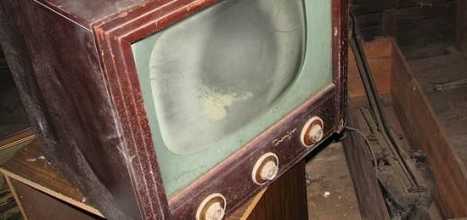 TV1-520×245