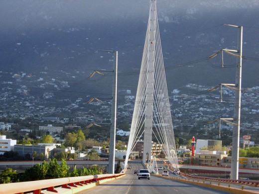 Monterreys hanging bridge by NightRStar 520x390 Issue v0.7: 18 Latin American Tech Hubs You Should Know