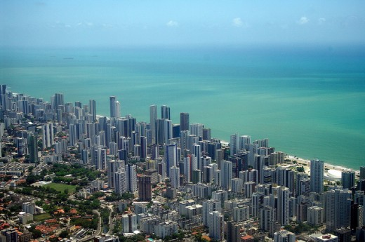 Recife from the air by Guilherme Jofili 520x345 Issue v0.7: 18 Latin American Tech Hubs You Should Know