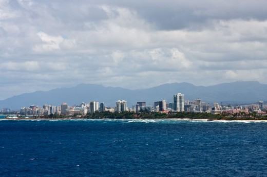 Tropical coast of Puerto Rico with the skyline of San Juan via Pond5 520x346 18 Latin American tech hubs you should know
