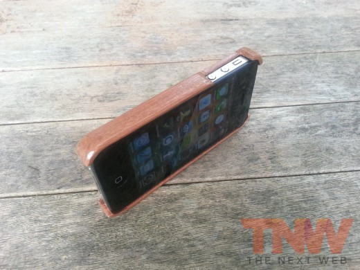 20120809 111523wtmk 520x390 TNW Review: The Carve Case offers handmade, lightweight wooden protection for your iPhone