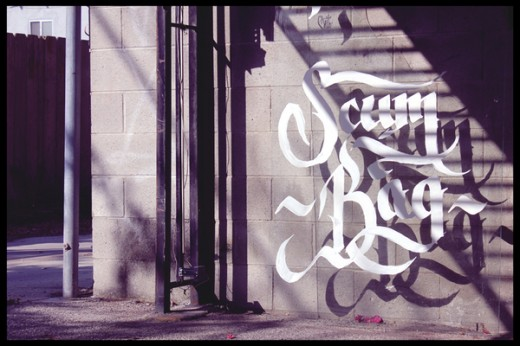 3dea35f0ed32e1127d583c6c1efe3a30 520x346 Design Inspiration: 21 Gorgeous experimental typefaces for your inner designer (August)