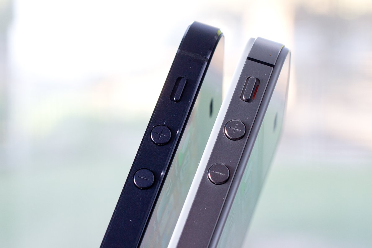 Iphone 1 Vs Iphone 5 Thickness Images & Pictures - Becuo