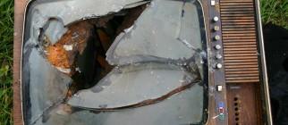 broken tv schmilblick