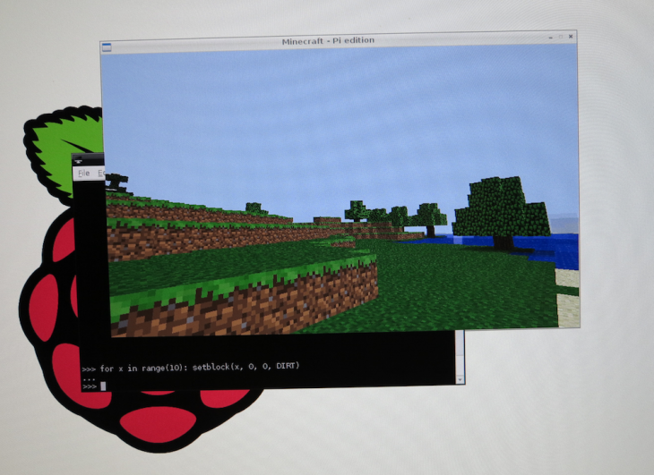 Pi Screenshot 730x531 Minecraft ported to the Raspberry Pi, to be officially released as Minecraft: Pi Edition