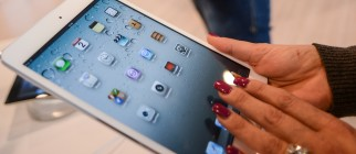 ITALY-US-INTERNET-COMPANY-APPLE-IPAD