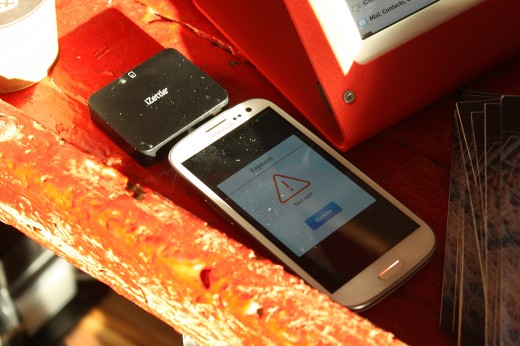 izettle on iphone 520x346 iZettle launches in the UK with EE for payments via Mastercard, Amex, Visa and Diners Club