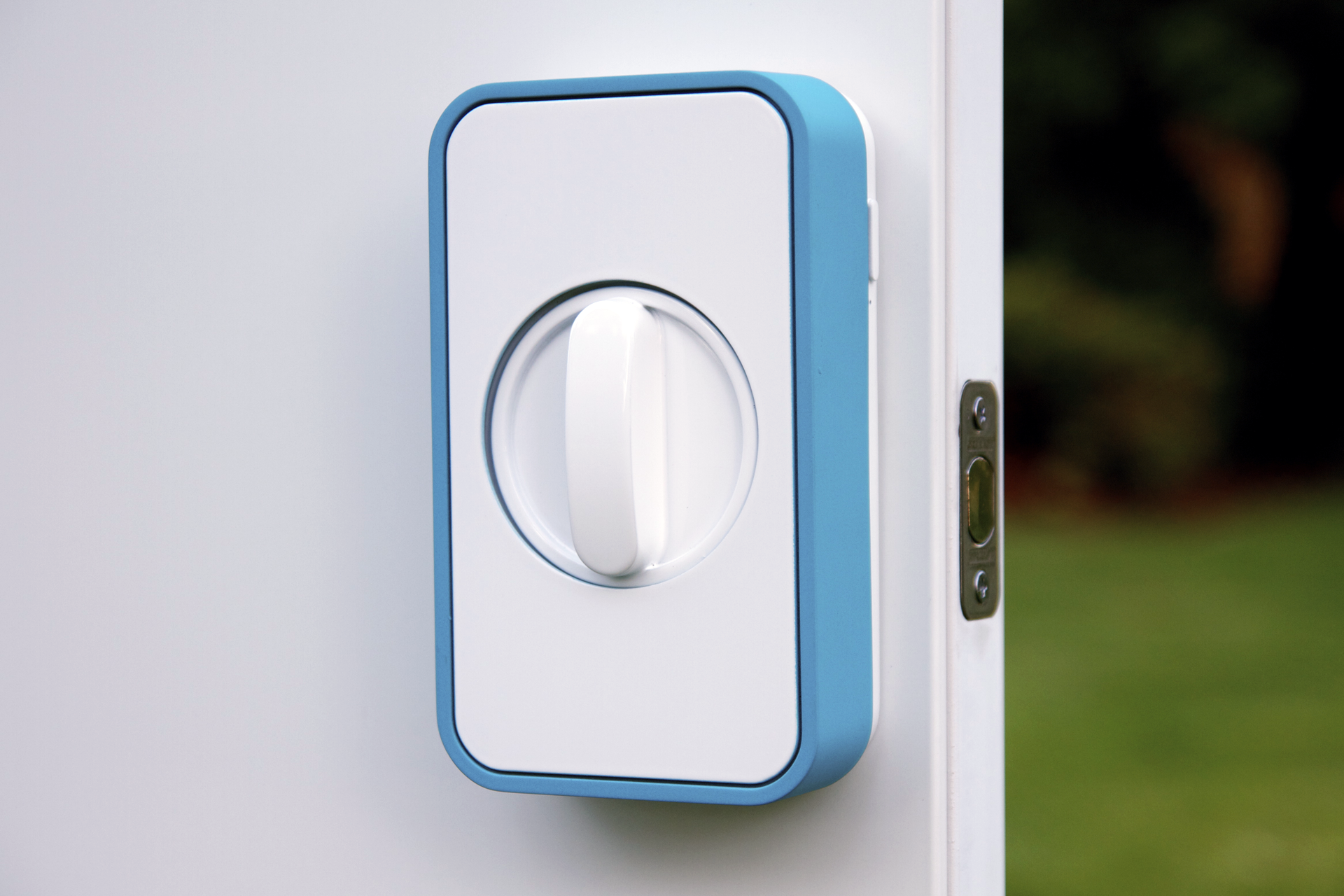 lockitron unit 10 cool Kickstarter gifts that have been funded, finished and brought to market