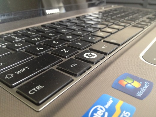 photo 1 520x390 Toshiba P875 review   A workhorse of a laptop that might break your back but not your bank